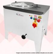 CARACTERÍSTICAS:  Descrição: Misturadora com velocidade única Mono / Trif. Rotação: 240 rpm Voltagem: 127v, 220v Mono/220v 380v Trif. Tamanho (LxAxP): 74x78x59 Produção: 100kg/h Corpo: Inox 430 Capacidade: 25kg Motor: 3cv Mono/Trif. Consumo: 2,47kw/h Pintura: Eletrostática Peso: 70kg