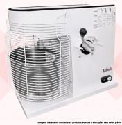 CARACTERÍSTICAS:  Descrição: Batedeira de 12 Litros Motor: 1/2cv Monofásico Rotação: 6 (80 à 230 rpm) Voltagem: 127v ou 220v Tamanho (LxAxP): 36x63x75 Balde: Aço Inox Corpo: Aço Carbono Capacidade: 12 Litros Pintura: Eletrostática Peso: 55kg Acessórios: 3 modelos de batedores